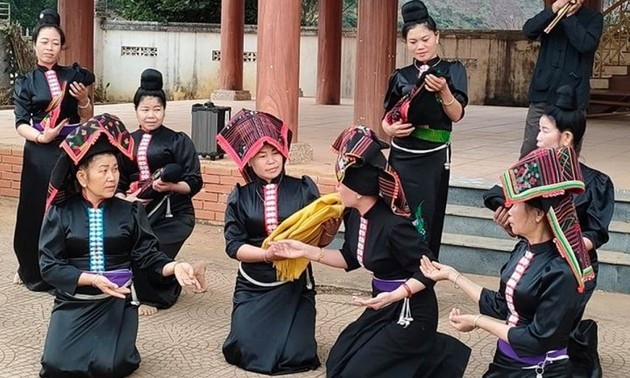 ソンラ省の各少数民族  伝統文化の保存に取り組む