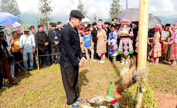 少数民族の伝統文化の保存・発展に取り組むハザン省