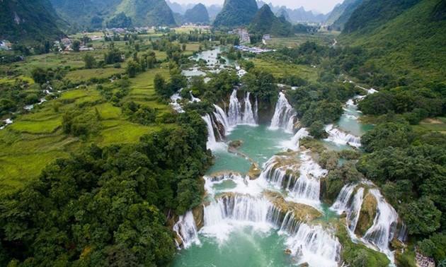 Geopark Global Gunung dan Sungai Cao Bang