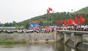 Pesta memperingati HUT ke-592  Kemanangan Xuong Giang:Simbol dari kekuatan dan tekat pasti menang dari bangsa Viet Nam