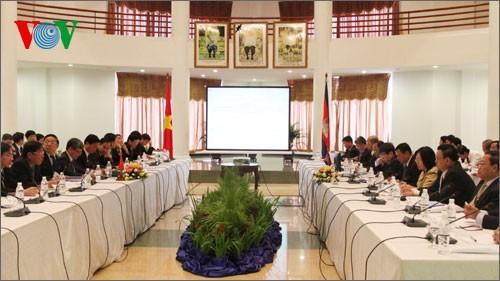 Vietnam, Cambodia enhance economic, cultural, scientific cooperation