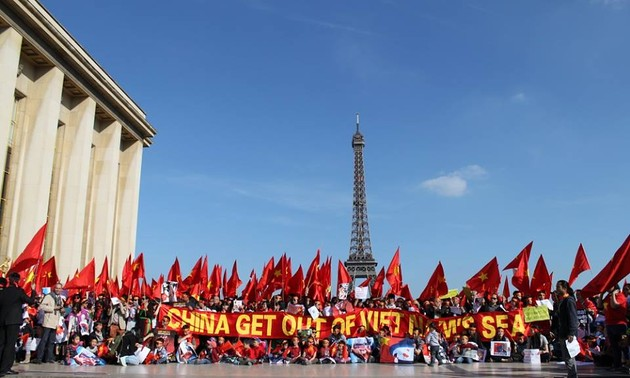 OVs, foreign friends continue to voice support to Vietnam's protection of sovereignty