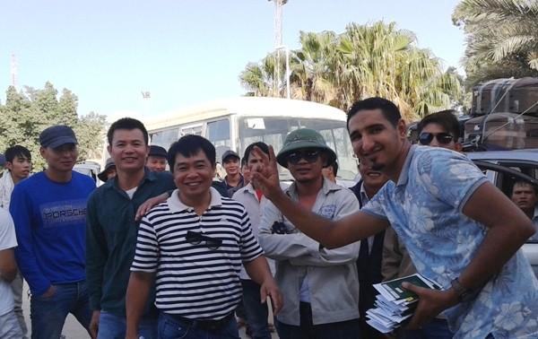 Nearly 1,300 Vietnamese workers return from Libya
