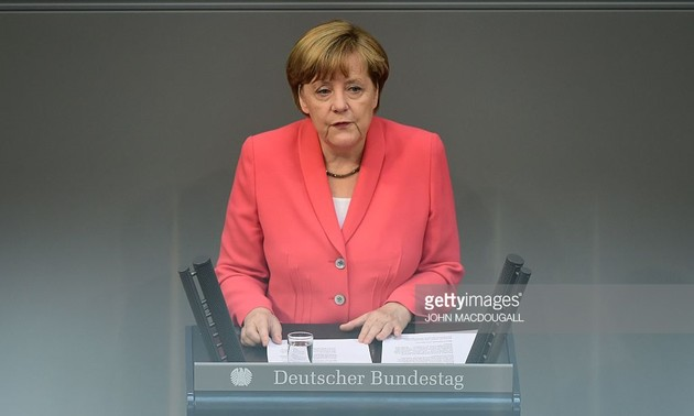 German Chancellor stresses on migrant crisis resolution