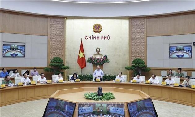 Nguyên Xuân Phuc: Les mouvements d'émulation contribuent au développement national