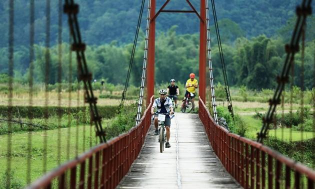 Développer le tourisme, une priorité de Cao Bang