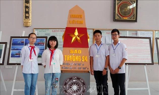 Exposition itinérante « Hoang Sa et Truong Sa du Vietnam » arrive à Hà Nam