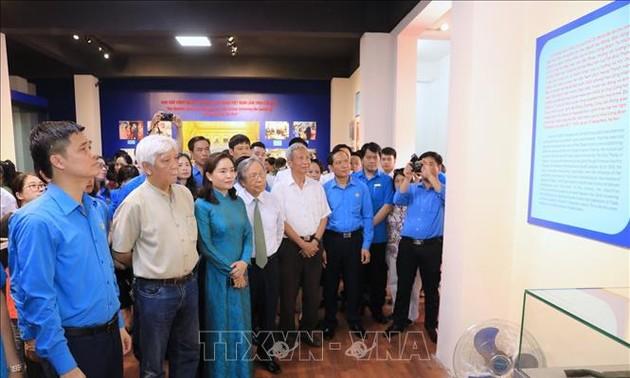 130e anniversaire de naissance de Hô Chi Minh: les expositions battent le plein