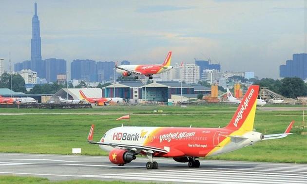 Rapatriement de 240 Vietnamiens de Singapour