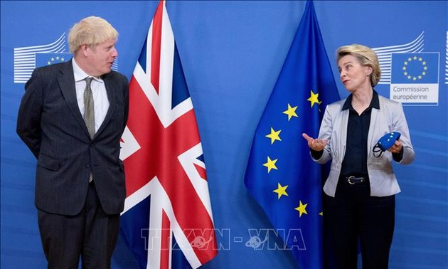 Brexit : Londres et Bruxelles maintiennent une lueur d'espoir