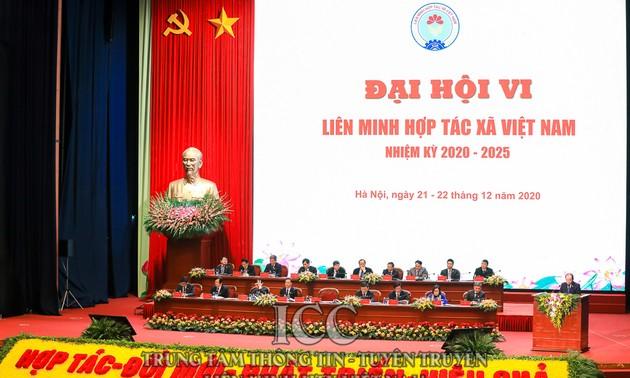 Ouverture du sixième congrès national de l'Union des coopératives vietnamiennes