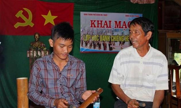 Comment la province de Dak Lak préserve-t-elle ses gongs?