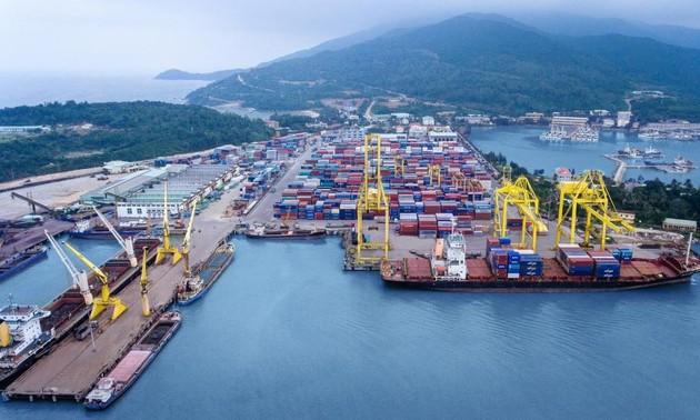 Danang se fixe l'objectif d'accueillir 12,5 millions de tonnes de marchandises