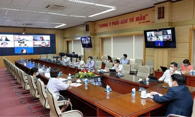 Johnson & Johnson étudie la possibilité de transférer la technologie de production de vaccins au Vietnam