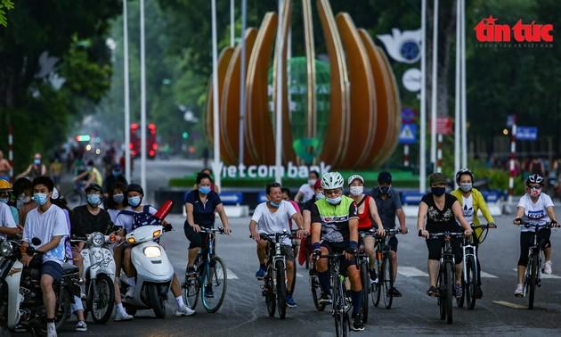 Hanoï suspend les activités sportives en plein air et la circulation des autocars vers 14 localités