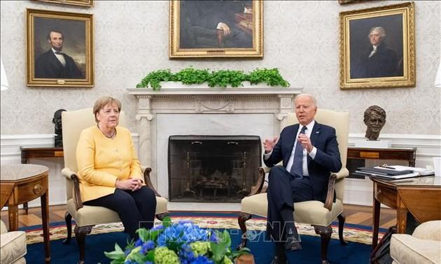 Joe Biden et Angela Merkel promettent de restaurer les liens USA-Allemagne