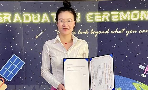 Une Vietnamienne reçoit un prix international pour l'article le plus intéressant