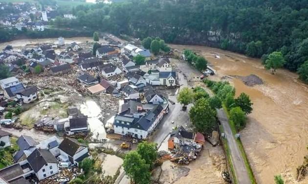 Fortes inondations en Allemagne et en Belgique, au moins 67 morts et de nombreux disparus