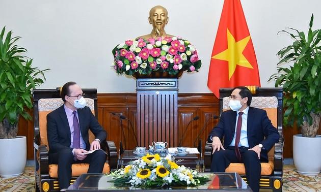 Covid-19: La Russie est prête à transférer sa technologie vaccinale au Vietnam