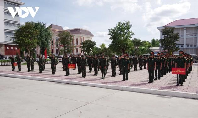 Un nouvel hôpital de campagne installé par l'armée à Cân Tho