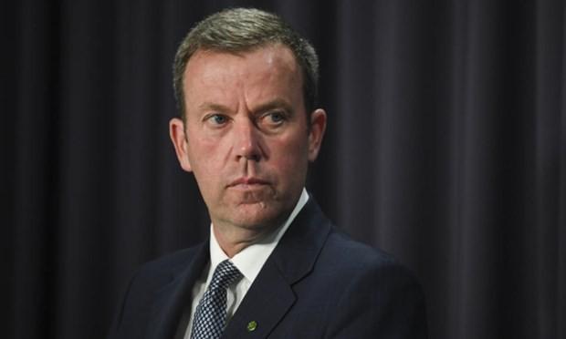 Solidaire de la France, l'Union européenne reporte ses négociations avec l'Australie