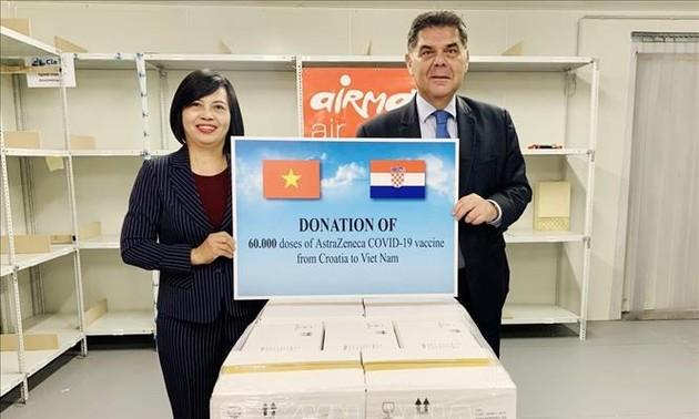 La Croatie et la Hongrie accordent des vaccins anti-Covid-19 au Vietnam