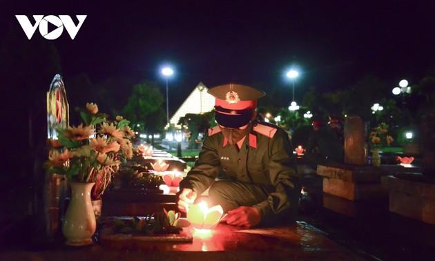Thắp nến tri ân các anh hùng liệt sĩ ở Điện Biên