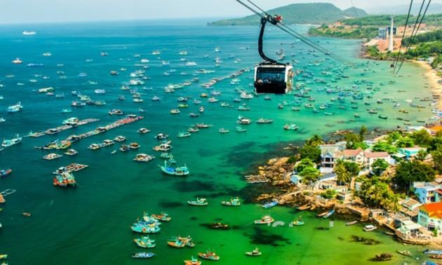 フーコック島の観光発展