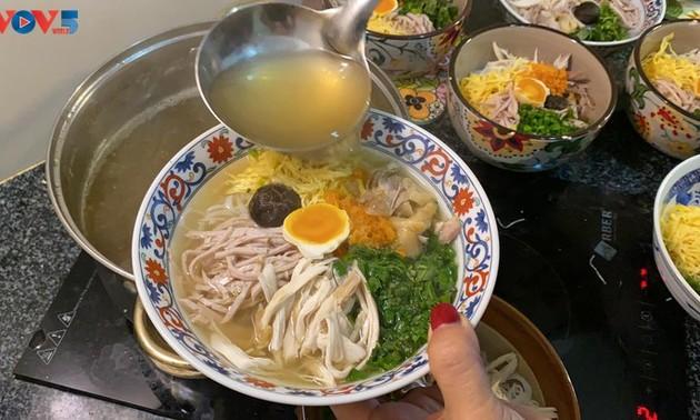 ハノイの麺料理「ブンタン」・ベトナム人の好物料理