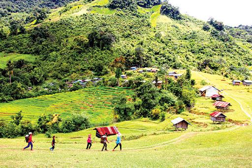 庆和省积极照顾少数民族同胞的生活