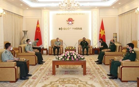 促进越中国防合作