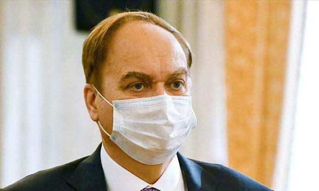 俄美大使返回驻在国