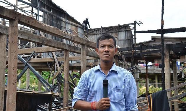 高棉族记者名争多荣获国际友谊合作勋章