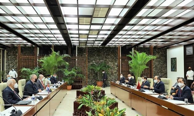 越南国家主席阮春福对古巴进行正式访问的各项活动