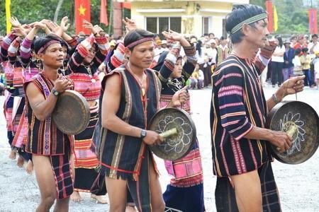 Etnis minoritas Ba Na di daerah Tay Nguyen