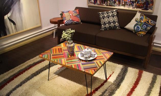 Des meubles en crayons de couleur
