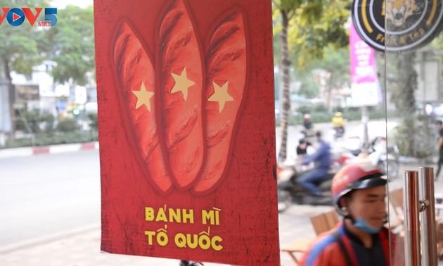 """Le """"banh mi Tô quôc"""", une façon de manifester son patriotisme"""