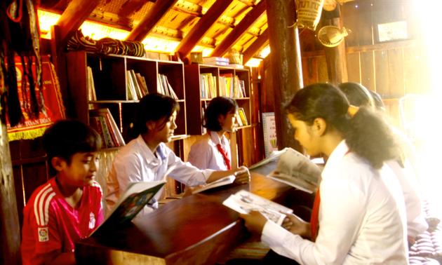 Förderung der Liebe zu traditioneller Kultur in einer Schule in Dak Lak