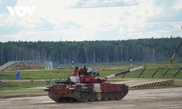 Tankmannschaft Vietnams erreicht gute Leistung in der Qualifikationsrunde des Tankwettbewerbs bei Army Games
