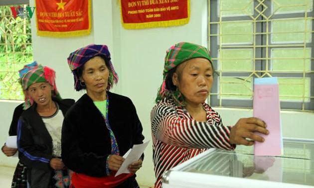 Parlaments- und Volksratswahlen in Vietnam