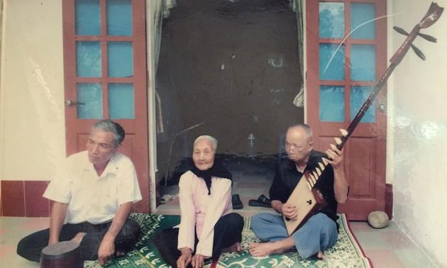 Seniwati rakyat Dang Thi Tu menyimpan khasanah irama-irama nyanyian Nha To