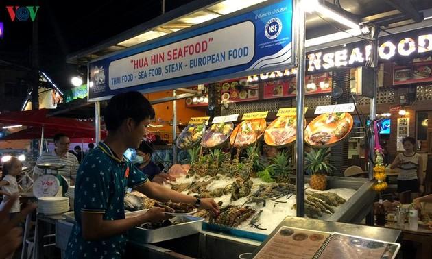 Hua Hin – Destinasi Menarik bagi Wisatawan Vietnam