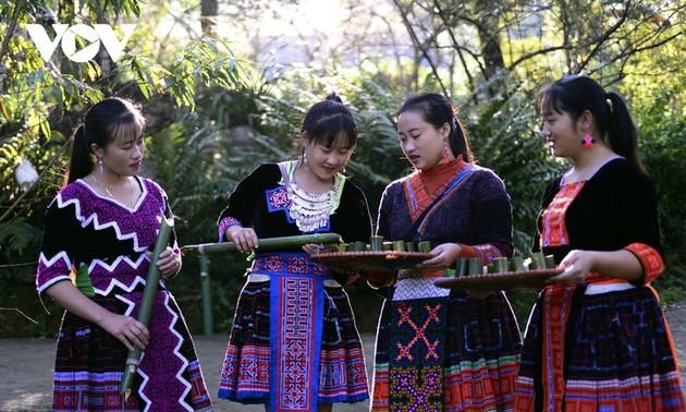 Damainya Dukuh Etnis Minoritas Mong di Kaki Gunung Son Bac May