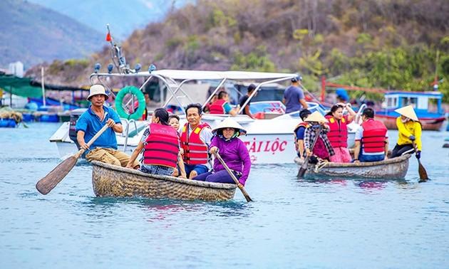 Tahun 2021: Provinsi Khanh Hoa Melakukan Stimulasi untuk Menyerap Kedatangan Wisatawan