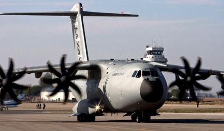 Новый военный самолёт в России построят к 2020 году