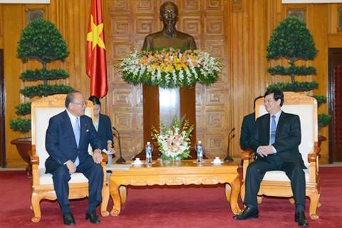 Thủ tướng Nguyễn Tấn Dũng tiếp cố vấn đặc biệt liên minh nghị sỹ hữu nghị Nhật - Việt