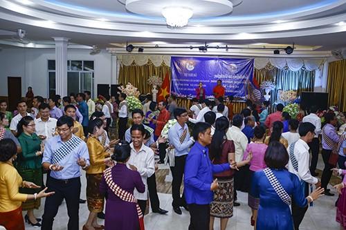 Bế mạc Gặp gỡ hữu nghị thanh niên Việt Nam-Lào năm 2016