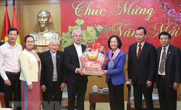 Bà Trương Thị Mai tiếp đoàn Ủy ban Đoàn kết Công giáo Việt Nam