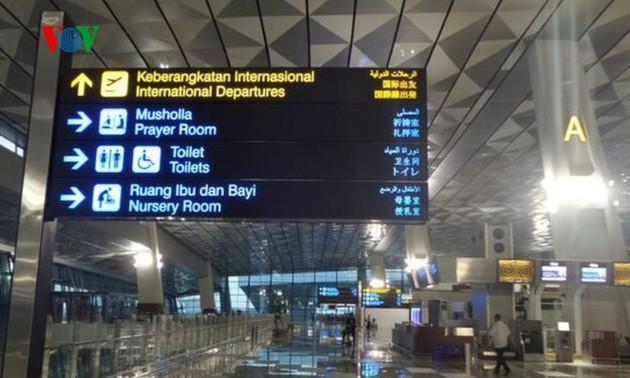 Hỗ trợ đưa công dân Việt Nam tại Indonesia về nước