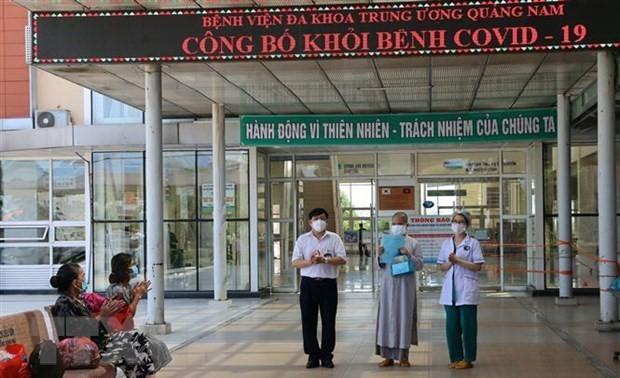 Việt Nam chữa khỏi thêm 24 bệnh nhân COVID-19